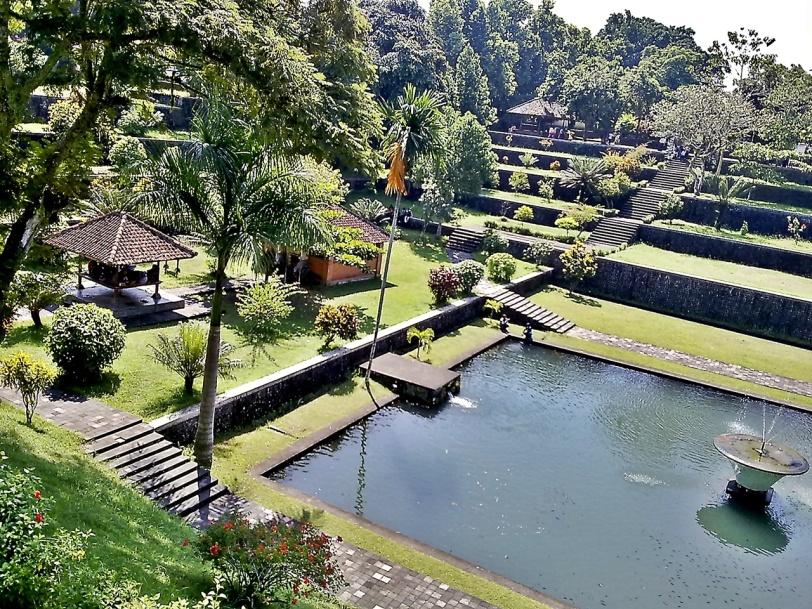 Taman Narmada, Lombok